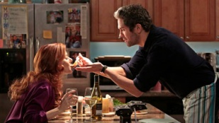 The Mysteries of Laura 01x11 : The Mystery of the Frozen Foodie- Seriesaddict